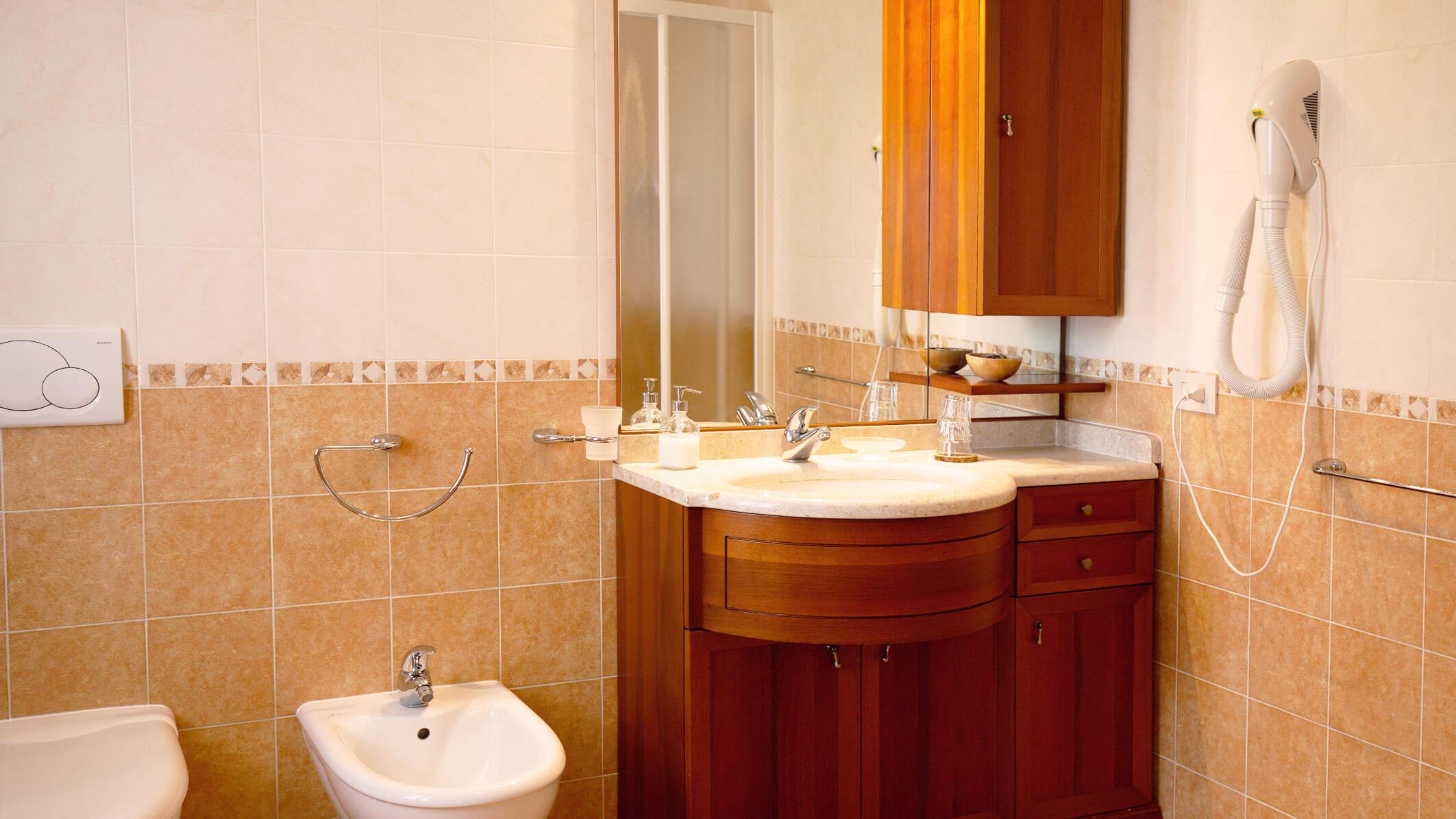 camera-acero-bagno
